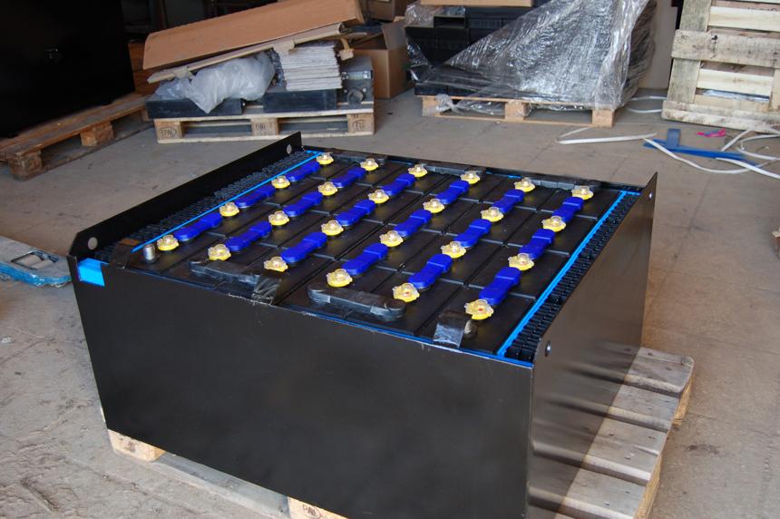 Тяговые аккумуляторные батареи для электропогрузчика